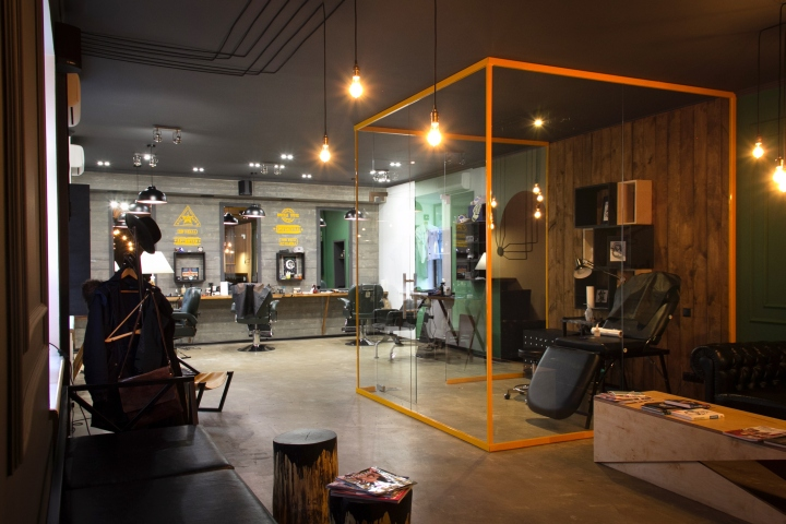 http://apartmentinteriors.ru/wp-content/uploads/Beauty-in-Kiev-Barboss-Barbershop-photo-01.jpg