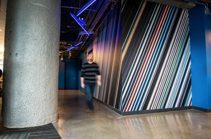 Коридор от лифта в офис