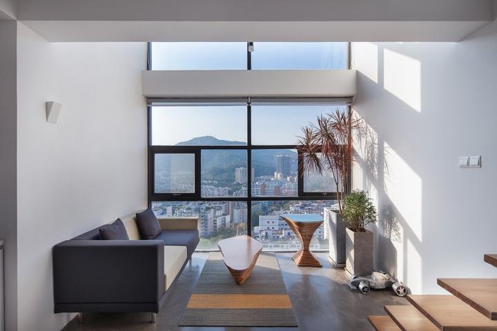 Панорамные окна в офисе DYH Studio