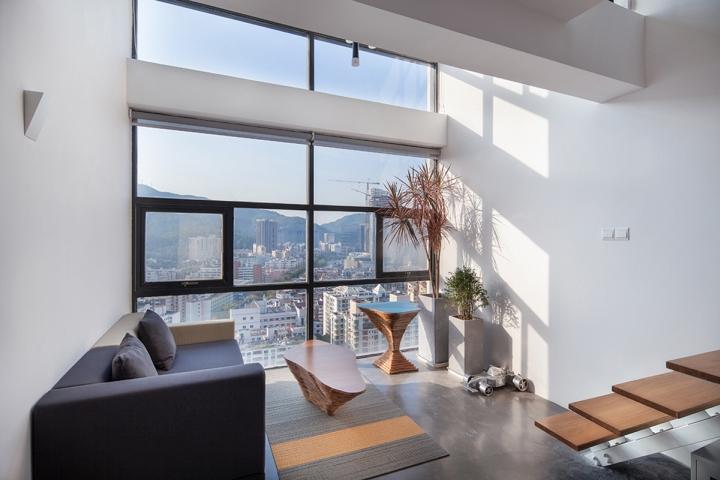 Двухэтажный офис дизайнерской студии DYH Studio