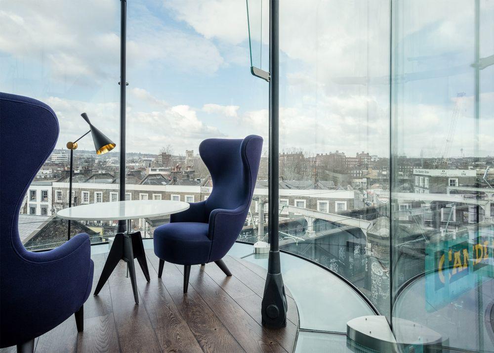 Коворкинг офис с видом на город