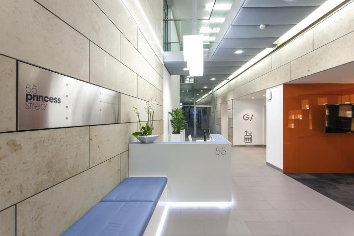 Ресепшн офиса 55 Princess Street в Англии