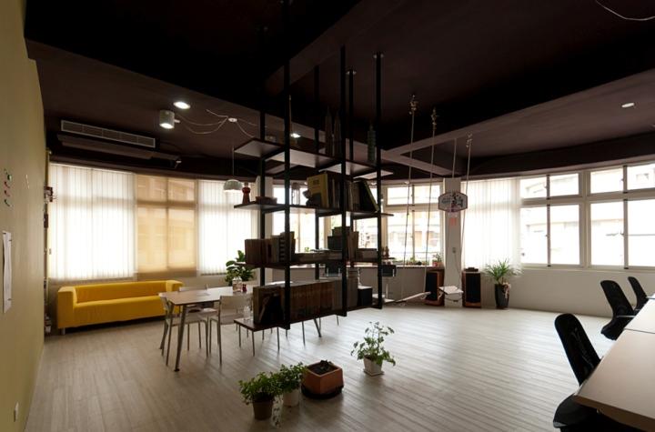 Штаб-квартира дизайнерской компании EZHOUSE