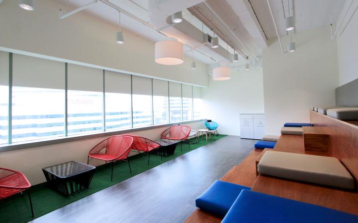 Комната отдыха для персонала в офисе FMC Technologies