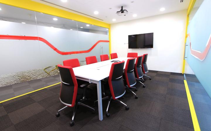 Комната для совещаний в офисе FMC Technologies