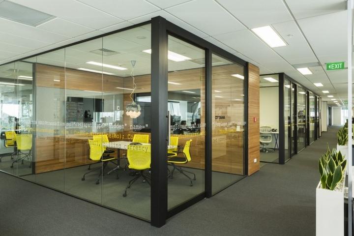 Зал для переговоров офиса Spendvision