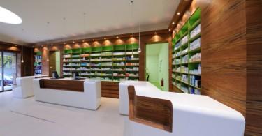 Великолепный жизнеутверждающий интерьер в природном стиле аптеки Marienthal