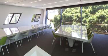 Единство трёх измерений в архитектуре здания Института политики