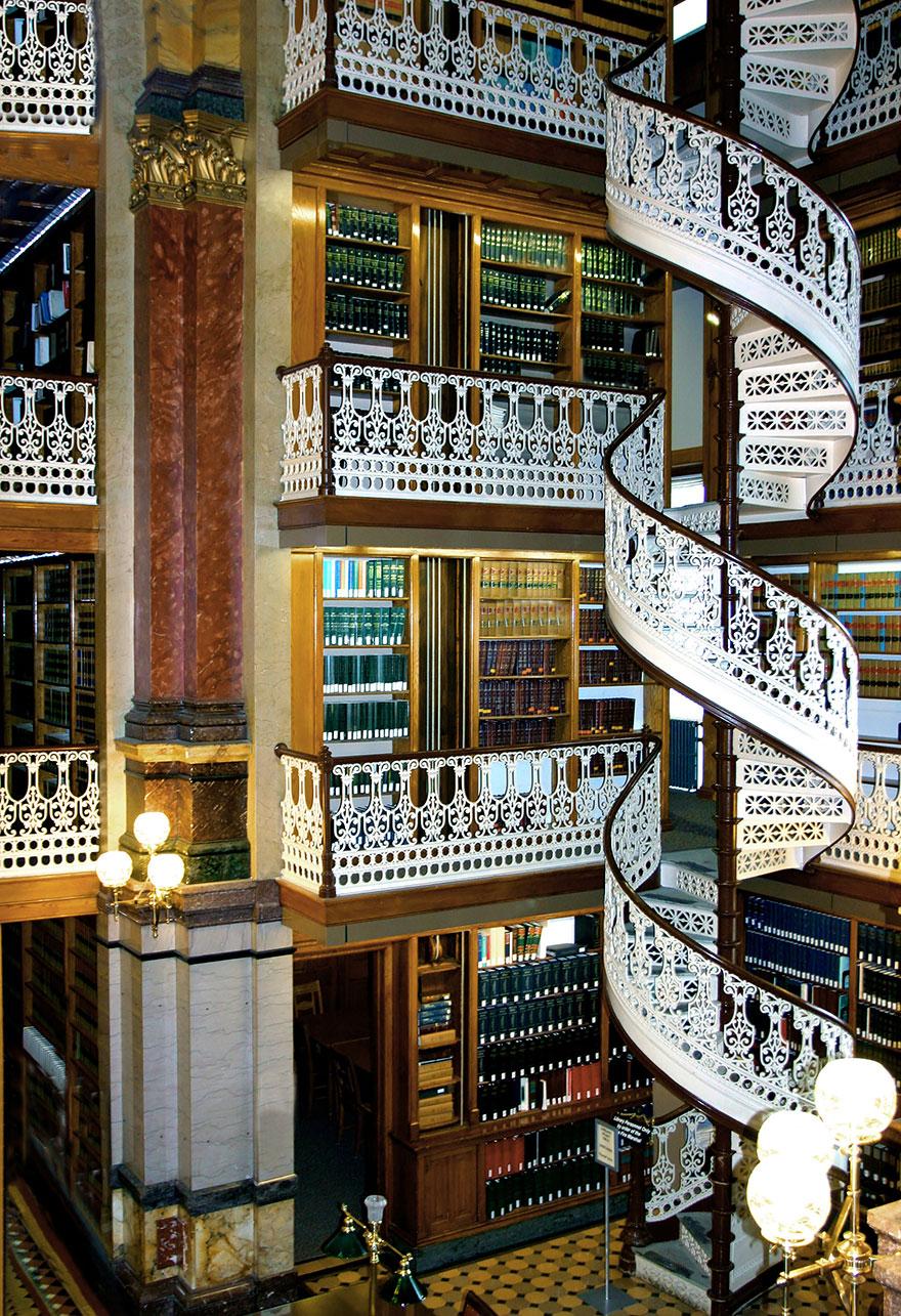 Величественные библиотеки мира: юридическая библиотека штата Айова