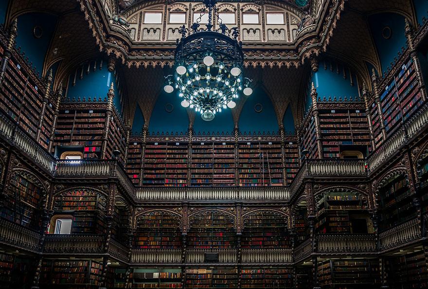 Величественные библиотеки мира: Biblioteca Real Gabinete Portugues De Leitura