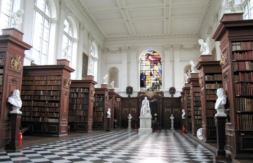 Величественные библиотеки мира: Библиотека Рен
