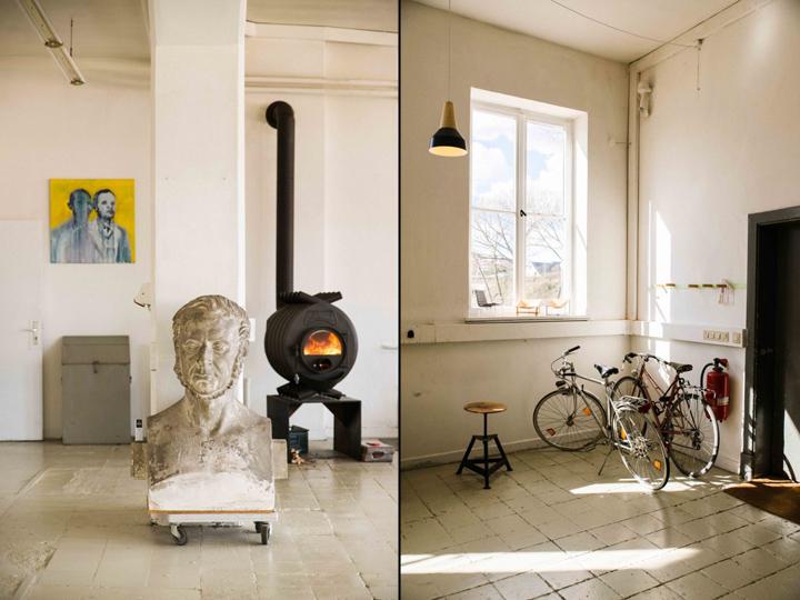 Скульптура и белые стены в офисе и мастерской
