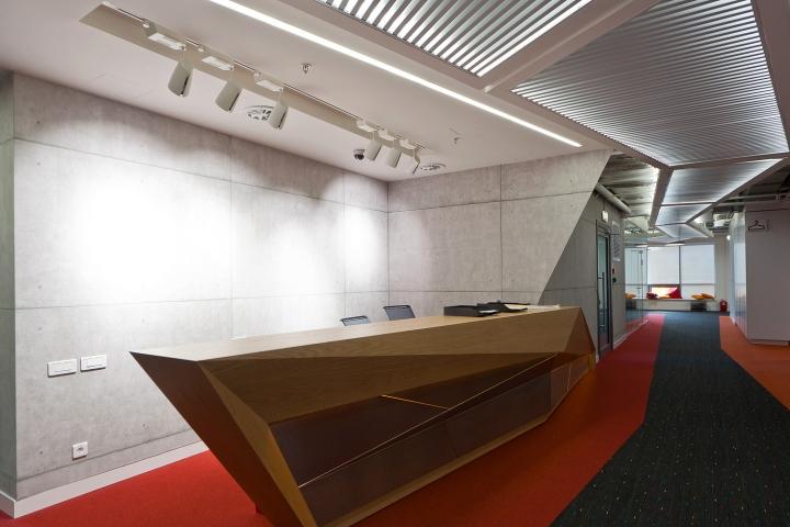 Красочный и современный дизайн нового офиса Альфа-Банк в Москве