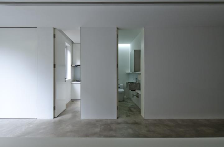 Дизайн санузла в офисе от Lukstudio