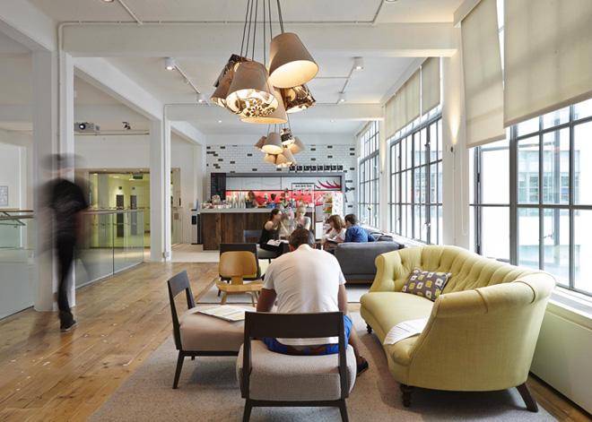 Здание штаб-квартиры компании «ASOS» в Лондоне