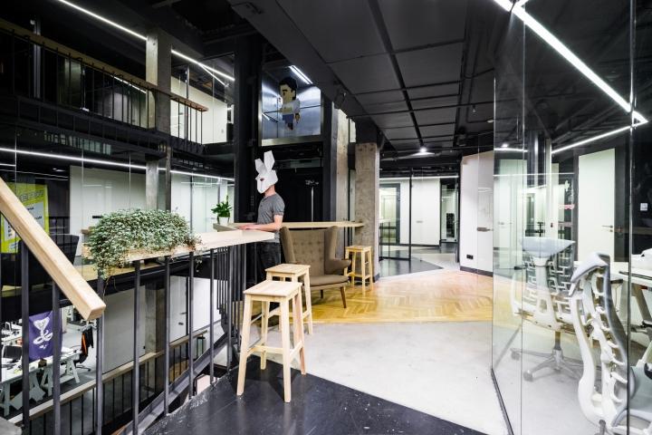 Атриум в офисе - растения как элементы декора интерьера