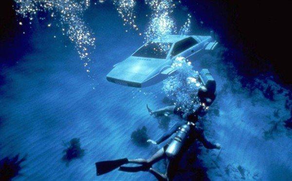 Знаменитый автомобиль-амфибия Джеймса Бонда - фото 1