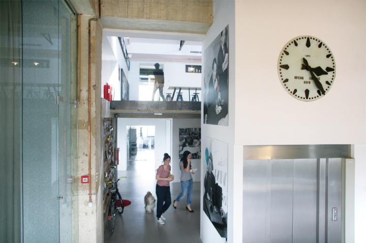 Домашняя атмосфера офиса Bruketa&Žinić OM