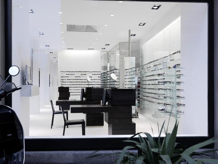 Интерьер бутика оптики Burrioptik в Цюрихе, Швейцария