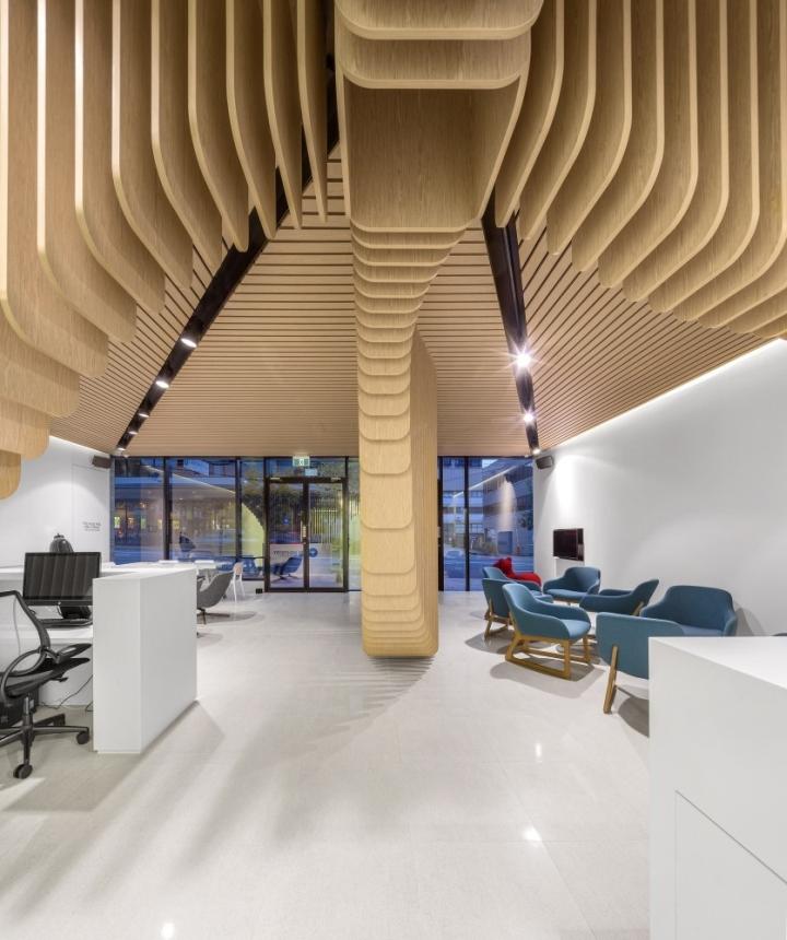 Интерьер холла в стоматологической клинике Care Implant в Австралии