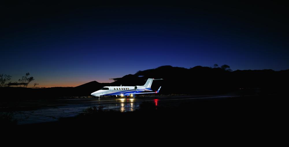 Частный самолет «Bombardier Learjet 40 XR» - олицетворение скорости