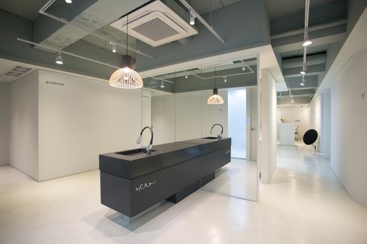 Подвесные лампы с интерьере клиники