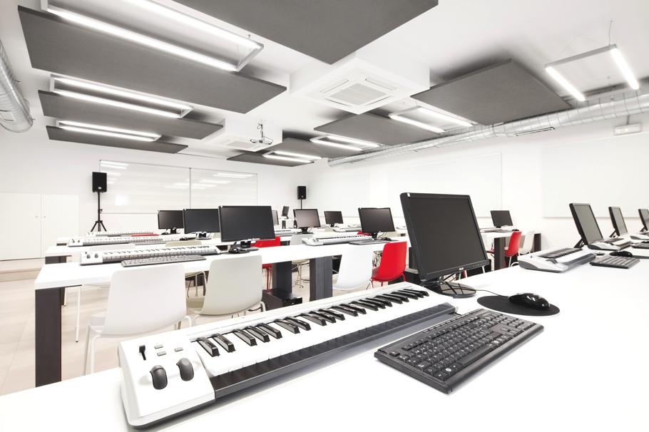 Музыкальная школа от архитектурной компании Dom Arquitectura