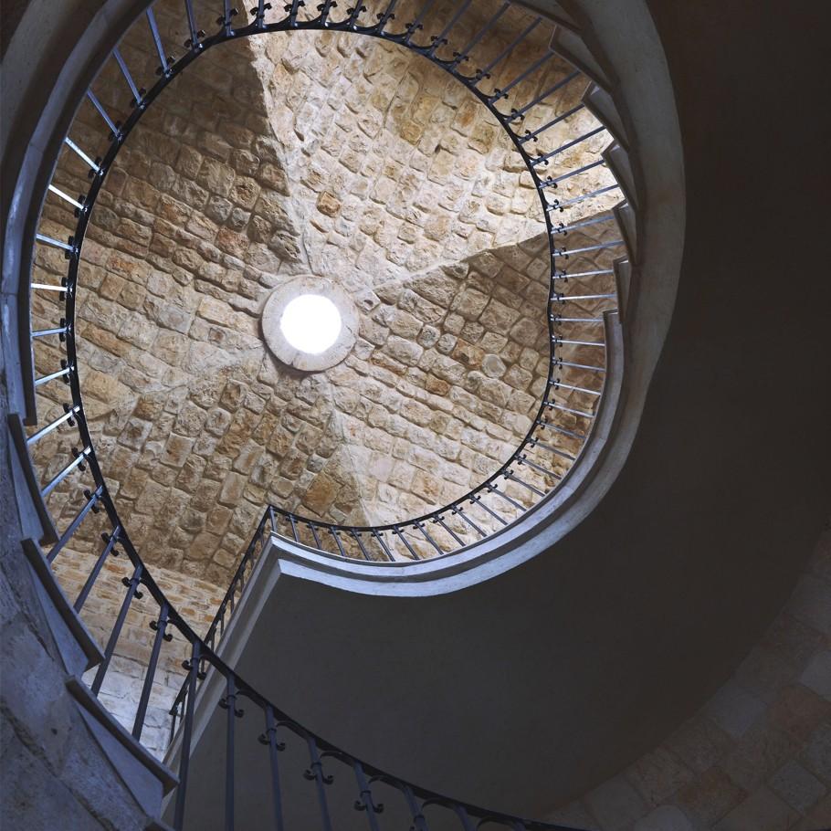 Знаменитая винтовая лестница