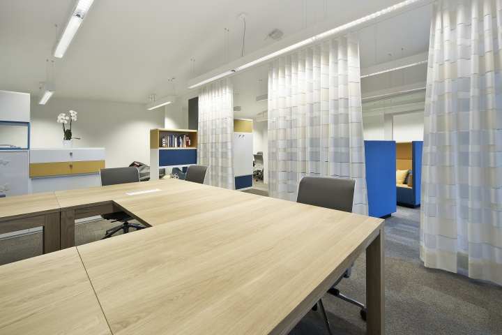 Crеаndo – штаб-квартира Room Services, Houthalen-Helchteren, Belgium