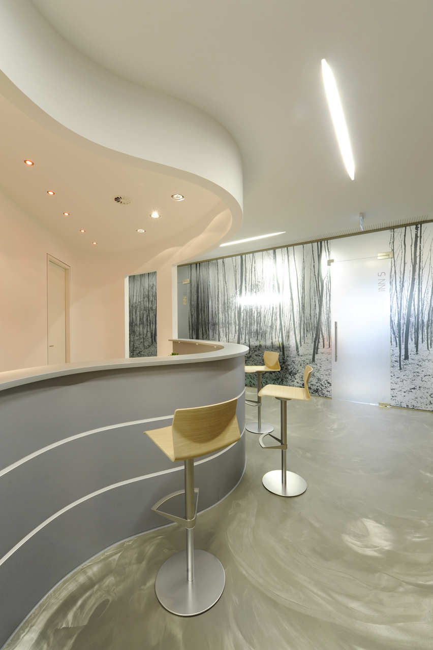 Интерьер стоматологической клиники INN