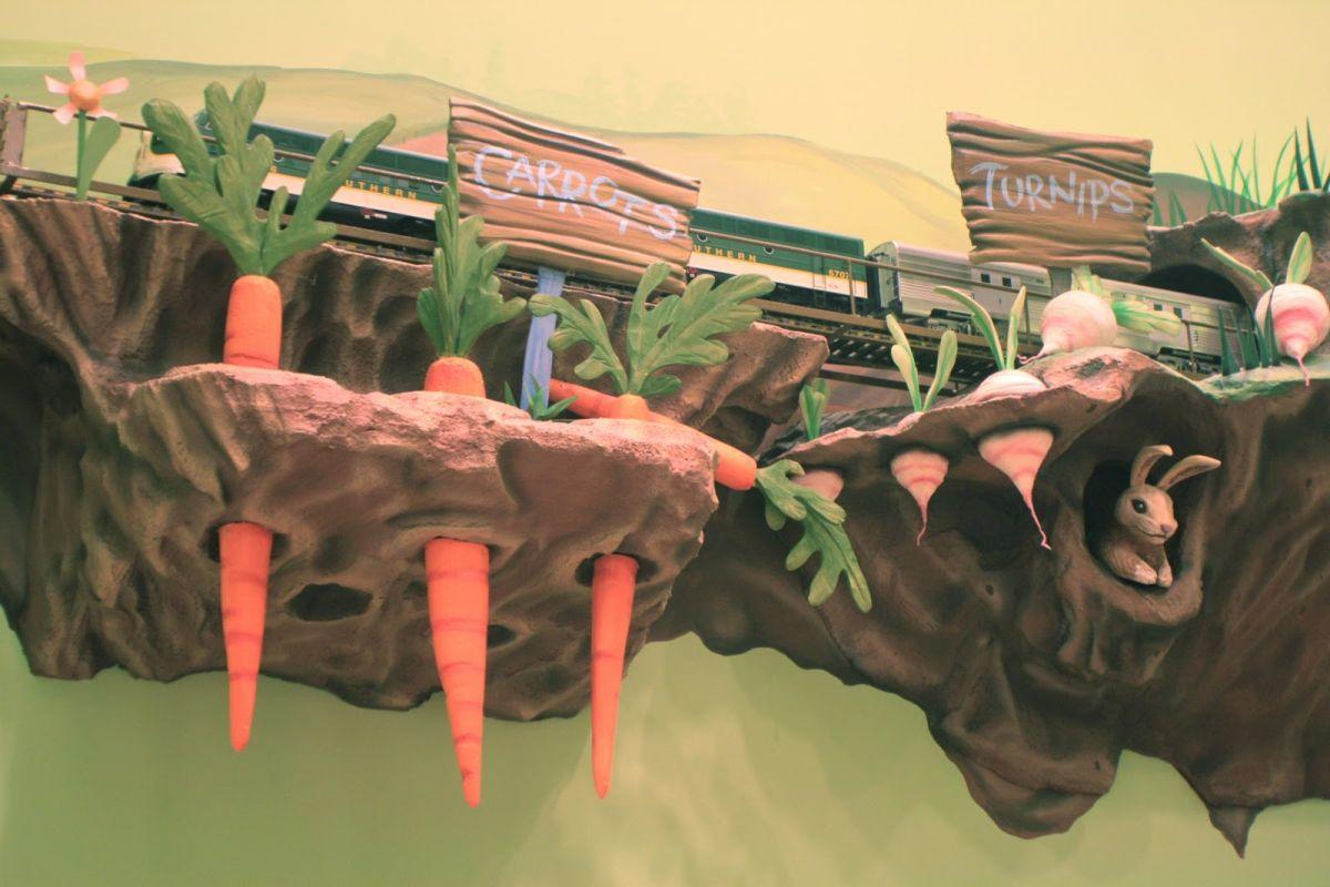Декоративная грядка с морковкой в детском стоматологическом кабинете
