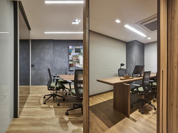 Деревянная отделка офиса в городе Нова Лима - единый стиль