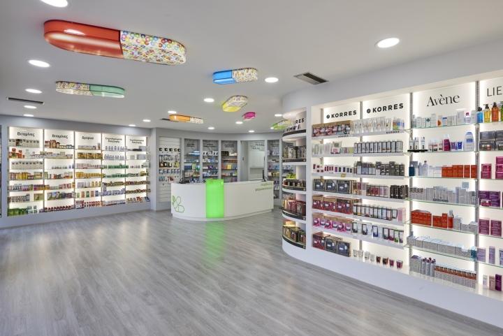 Дизайн аптеки: вид из другой точки зала