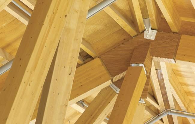 Дизайн деревянной крыши: сложные узловые конструкции