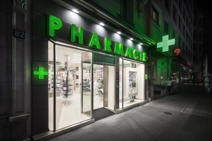 Дизайн интерьера аптеки: эффектный фасад