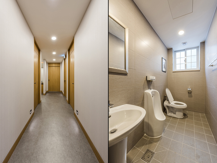 Светло-серый интерьер уборной в клинике