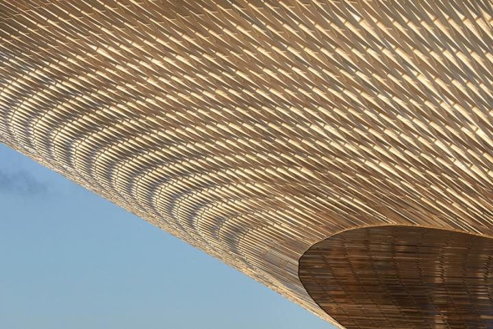 Дизайн интерьера музея: навесной фасад