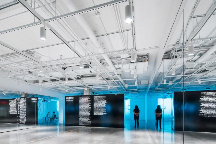 Дизайн интерьера музея в минималистском стиле