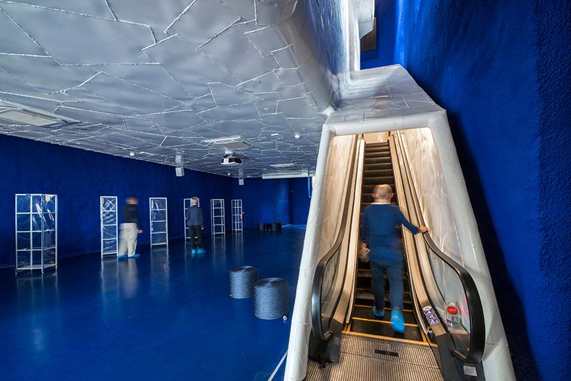 Дизайн интерьера музея: эскалатор