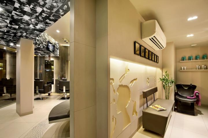 Дизайн интерьера парикмахерского салона Capital в Индии: неожиданное оформление стен