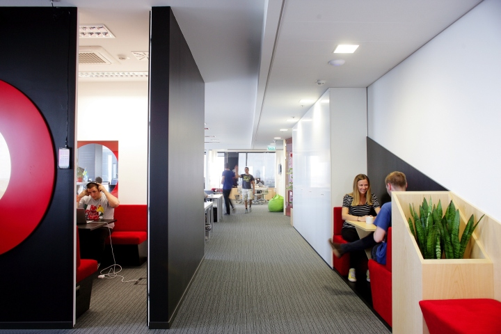 Дизайн интерьера современного офиса от Brigada