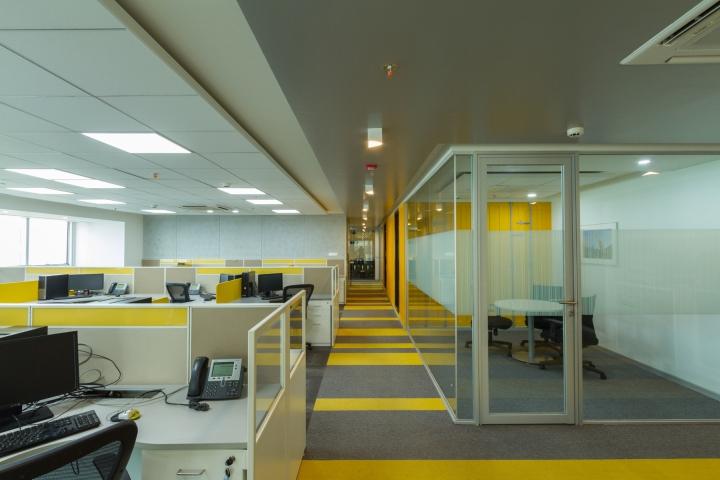 Дизайн интерьера современного офиса компании Liebherr - фото 4