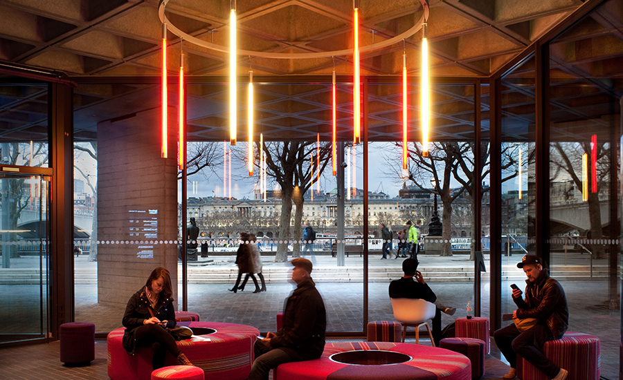 Дизайн интерьера театра: один из вариантов освещения