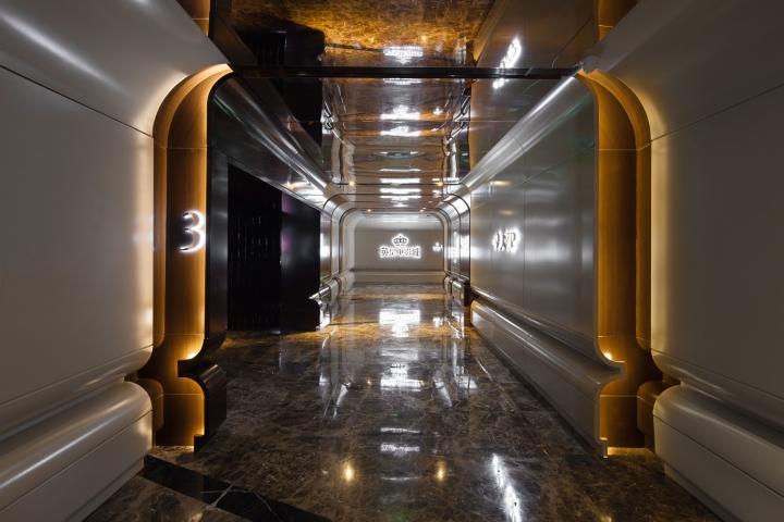 Дизайн интерьеров кинотеатра городе Хефей, Китай: роскошные цвета