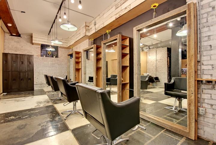 Дизайн косметического салона в Чарльстоне, Южная Каролина, США: огромные зеркала