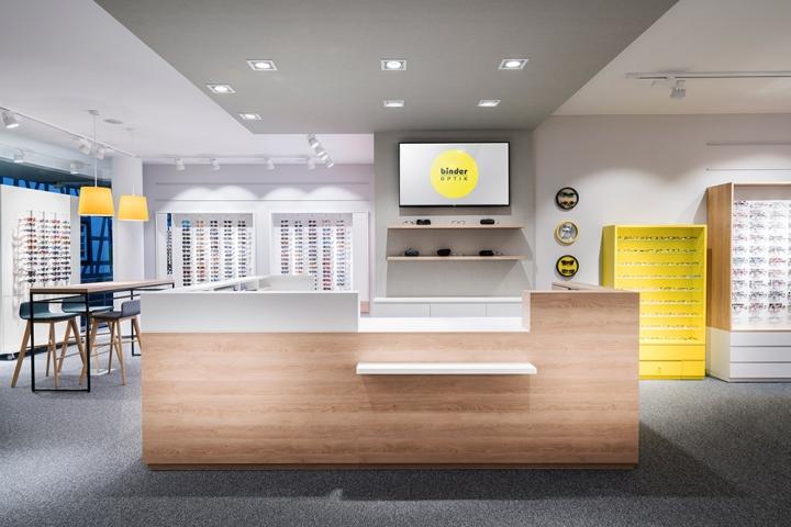 Дизайн магазина очков Binder Optik - кассовая зона
