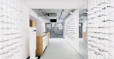 дизайн магазина оптики в Японии