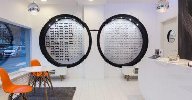 Дизайн магазина оптики в Кёрменде