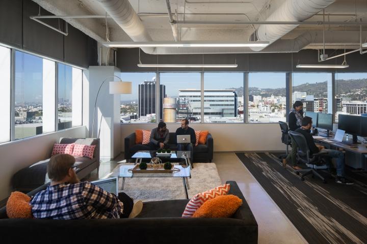 Дизайн маленького офиса от Kamus + Keller Interiors | Architecture в Калифорнии: уютная зона