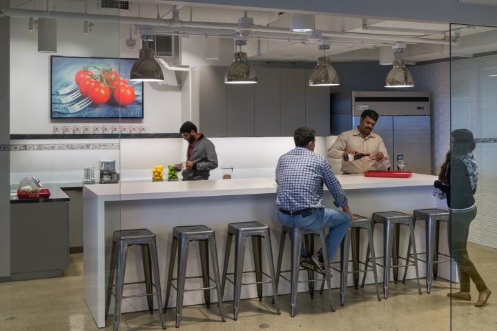 Дизайн маленького офиса от Kamus + Keller Interiors | Architecture в Калифорнии: светлая стойка